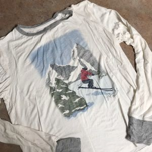 Abercrombie & Fitch long sleeve ski print top